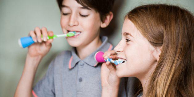 Что подарить на Новый год: Playbrush Smart Sonic