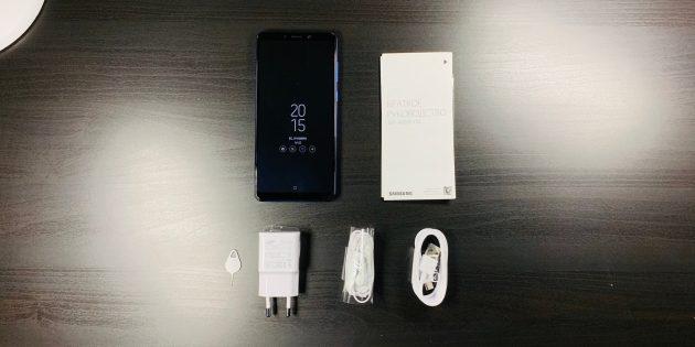 Samsung Galaxy A9: Комплектация