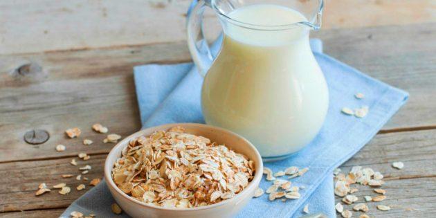 Как приготовить овсяное молоко из двух ингредиентов