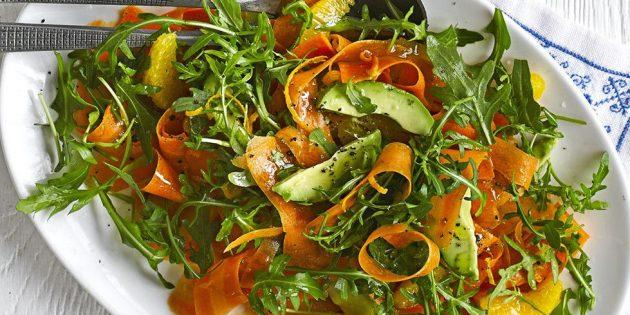 Рецепты: Салат с авокадо, морковью, апельсинами и руколой