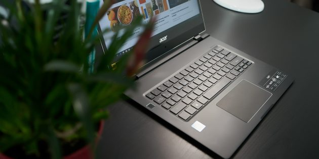 Acer Swift 7: В интерьере