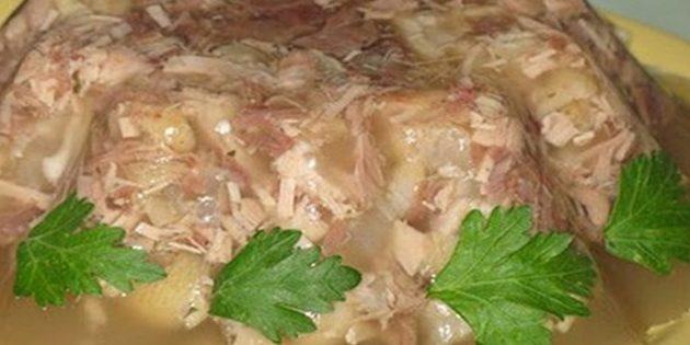 Рецепты: Холодец из свиных ножек и курицы