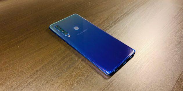 Samsung Galaxy A9: Задняя панель