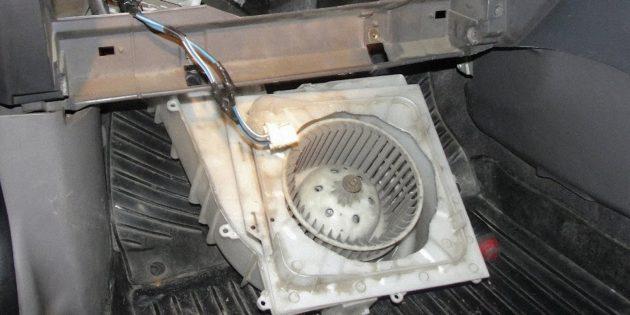 Почему плохо греет печка в машине: неполадки с вентилятором