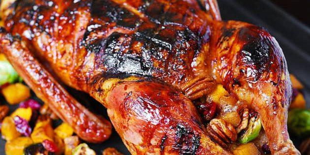 утка в духовке: Как запечь утку в глазури из бальзамического соуса и мёда
