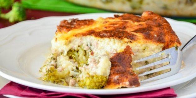 Рецепты: Запеканка с фаршем, брокколи, цветной капустой и молочно-сырным соусом