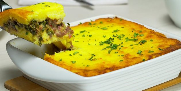 Рецепты: Запеканка с фаршем и картофельным пюре