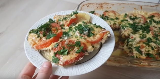 Рецепты: Запеканка с фаршем, картошкой и помидорами