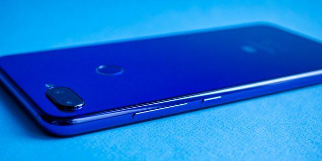 Обзор Xiaomi Mi 8 Lite: Кнопки