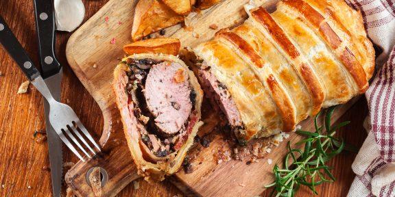 15 рецептов вкуснейшей свинины в духовке
