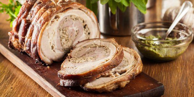 Как запечь свинину в духовке: итальянская поркетта от Джейми Оливера
