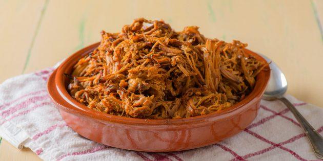 Рецепты свинины в духовке: Рваная свинина с томатно-уксусным соусом