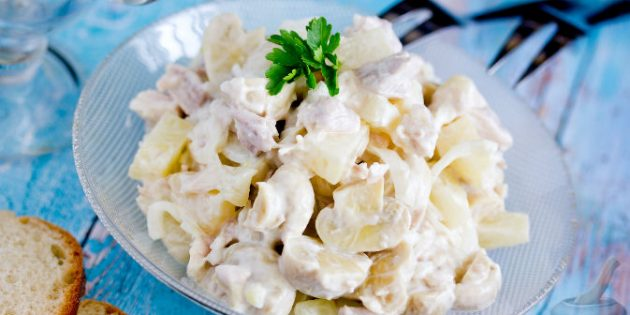 рецепты салатов с ананасом