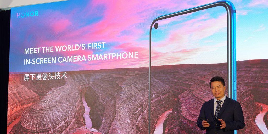 Huawei показала первый смартфон с отверстием в экране под селфи-камеру