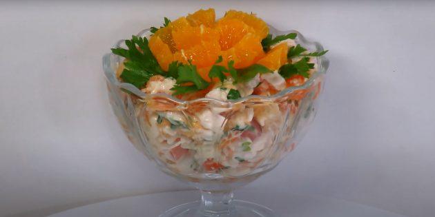 Рецепты салата с сухариками, курицей, помидорами и апельсином