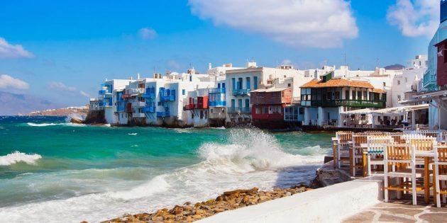 Куда поехать на Новый Год: Неа Калликратия, Греция