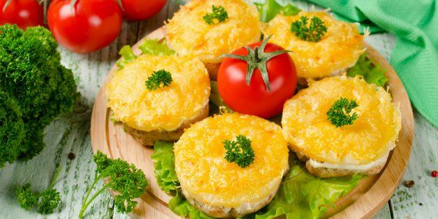 лучшие рецепты курицы в духовке: куриные грудки с ананасами и сыром