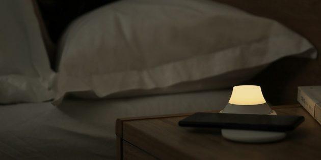 Зарядка-ночник Xiaomi Yeelight Wireless Charging Night Lamp: два режима свечения