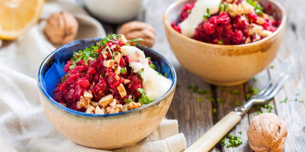Салат из печеной свеклы – изысканный вкус простого блюда: рецепт с фото и видео