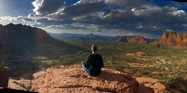 Дмитрий Думик: Медитация — наблюдение за ощущениями, мыслями и состояниями