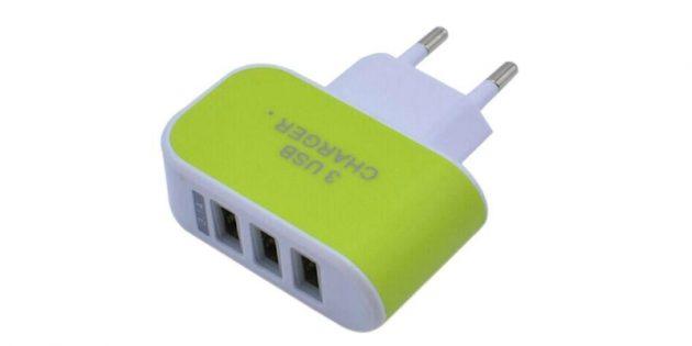 Зарядка с тремя USB-портами