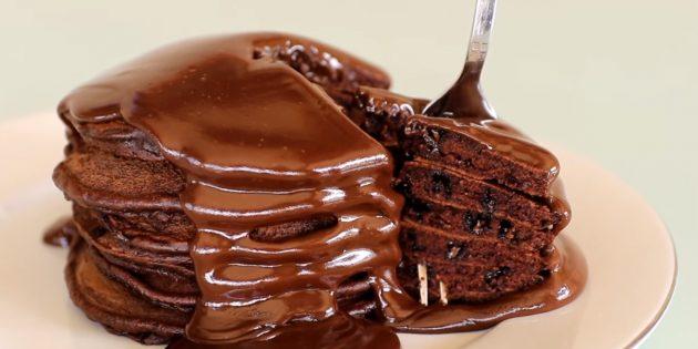Как приготовить шоколадные оладьи: рецепты