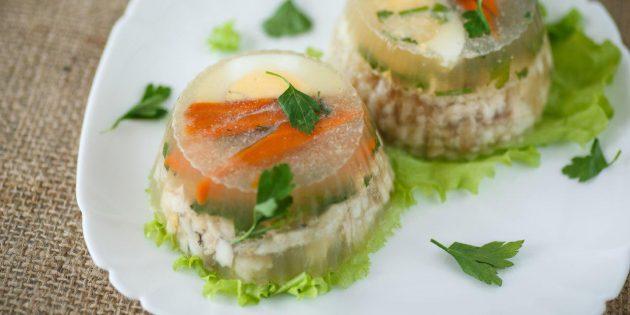 Вкусные блюда из судака: Заливное из судака