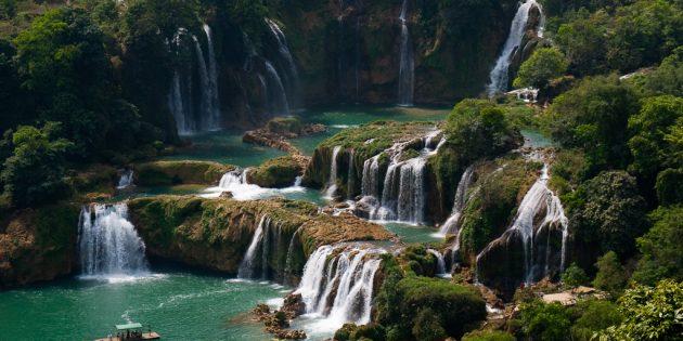 Территория Азии не зря привлекает туристов: водопад Дэтянь, Вьетнам, Китай