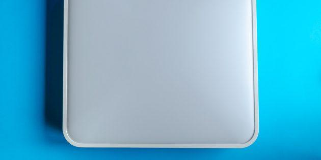 Yeelight Smart Square LED Ceiling Light: Металлическая основа и матовый плафон