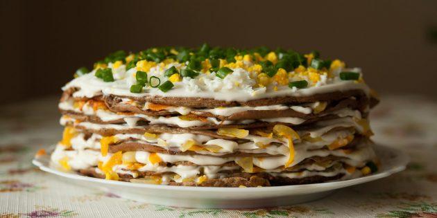 Рецепты: печёночный торт со свежим огурцом