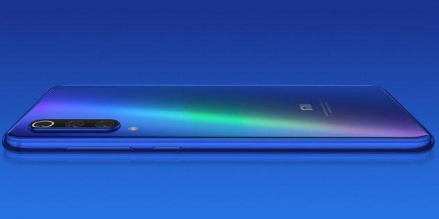 Xiaomi Mi 9SE: тройная камера