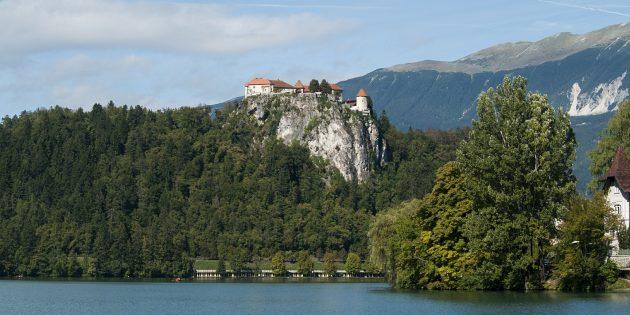 Куда поехать в Европе: Бледский замок