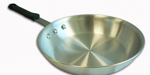 Как выбрать сковороду: Алюминиевая сковорода