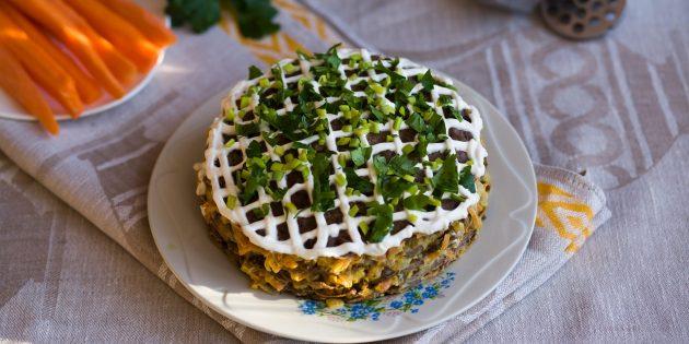 Лучшие рецепты печёночных тортов: Торт из куриной печени с капустой