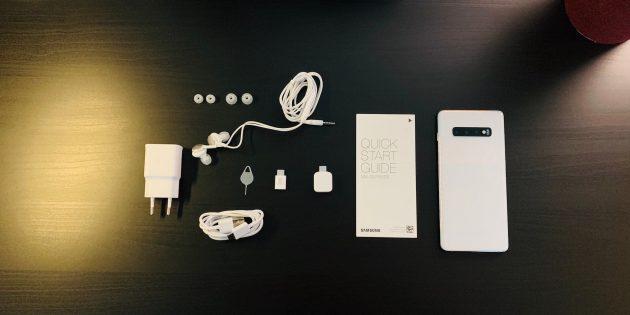 Samsung Galaxy S10+: комплектация