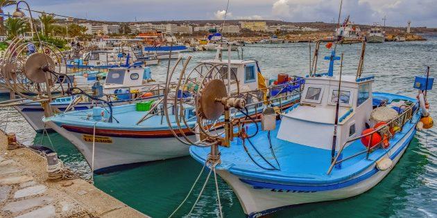 Куда поехать в апреле: Кипр