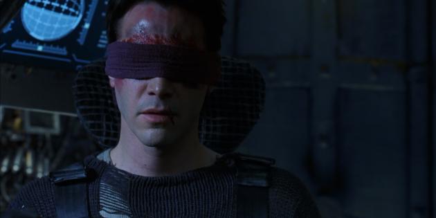 Все части «Матрицы» — хиты кинопроката: суперспособности Нео в реальном мире