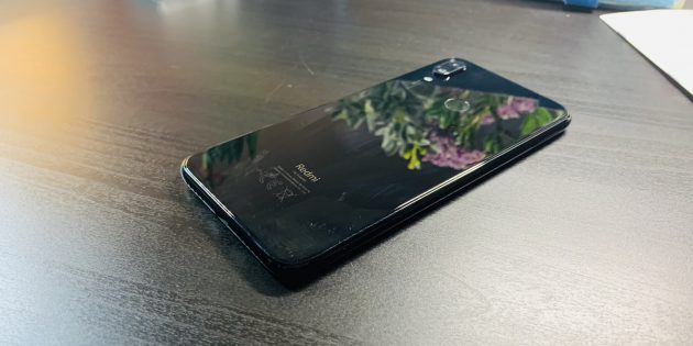 Redmi Note 7: Задняя панель