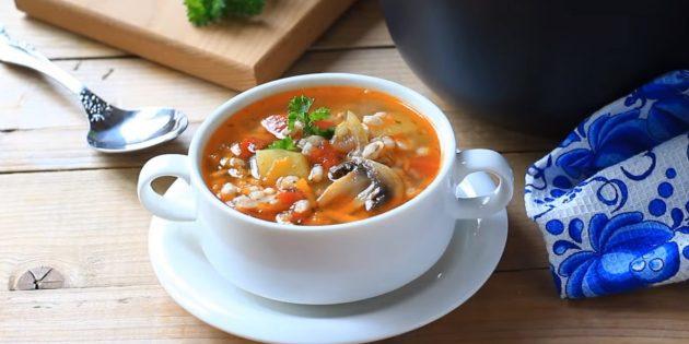 Постный суп с шампиньонами и перловкой