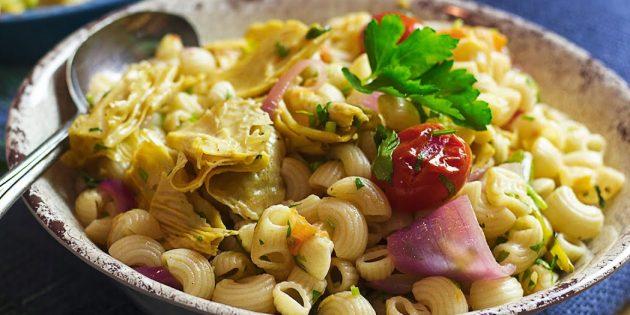 Паста с соевой спаржей и овощами