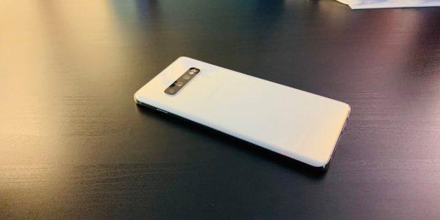 Samsung Galaxy S10+: задняя панель