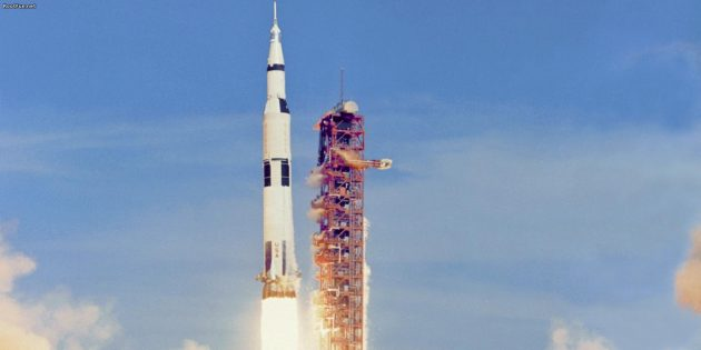 Полёты на Луну до сих пор у многих вызывают сомнения: американцы не могли запустить «Аполлоны»