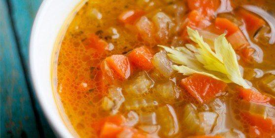 Суп из сельдерея с морковью и белым вином