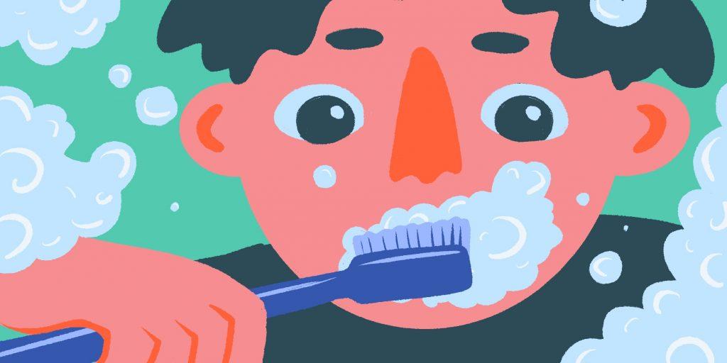 Какой водой чистить зубы