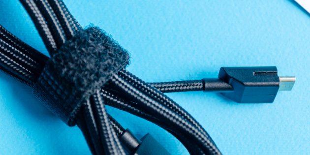 Игровая мышь Xiaomi Mi Gaming Mouse: кабель советуем беречь, так как его штекер имеет специальный паз для надёжного крепления к мышке