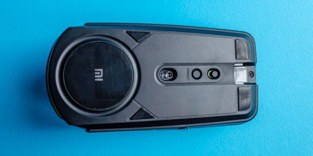 Игровая мышь Xiaomi Mi Gaming Mouse: на нижней поверхности размещено несколько тефлоновых накладок