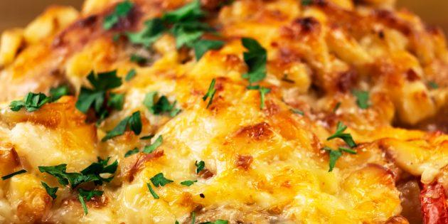 Говядина в духовке с сыром в сливочном соусе