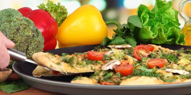 Рецепты: Постная пицца с грибами на дрожжевом тесте