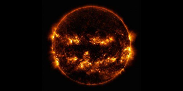Фото космоса: хеллоуинский светильник
