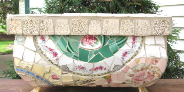 Мозаика из старой посуды